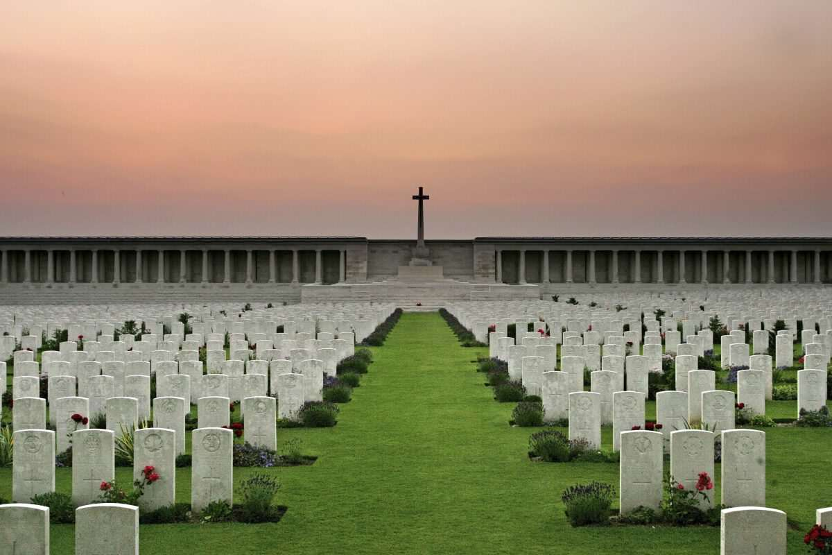 GettyImages 71338682 1200x800 The Somme: Why We Need To Remember Britains Bloodiest Battle