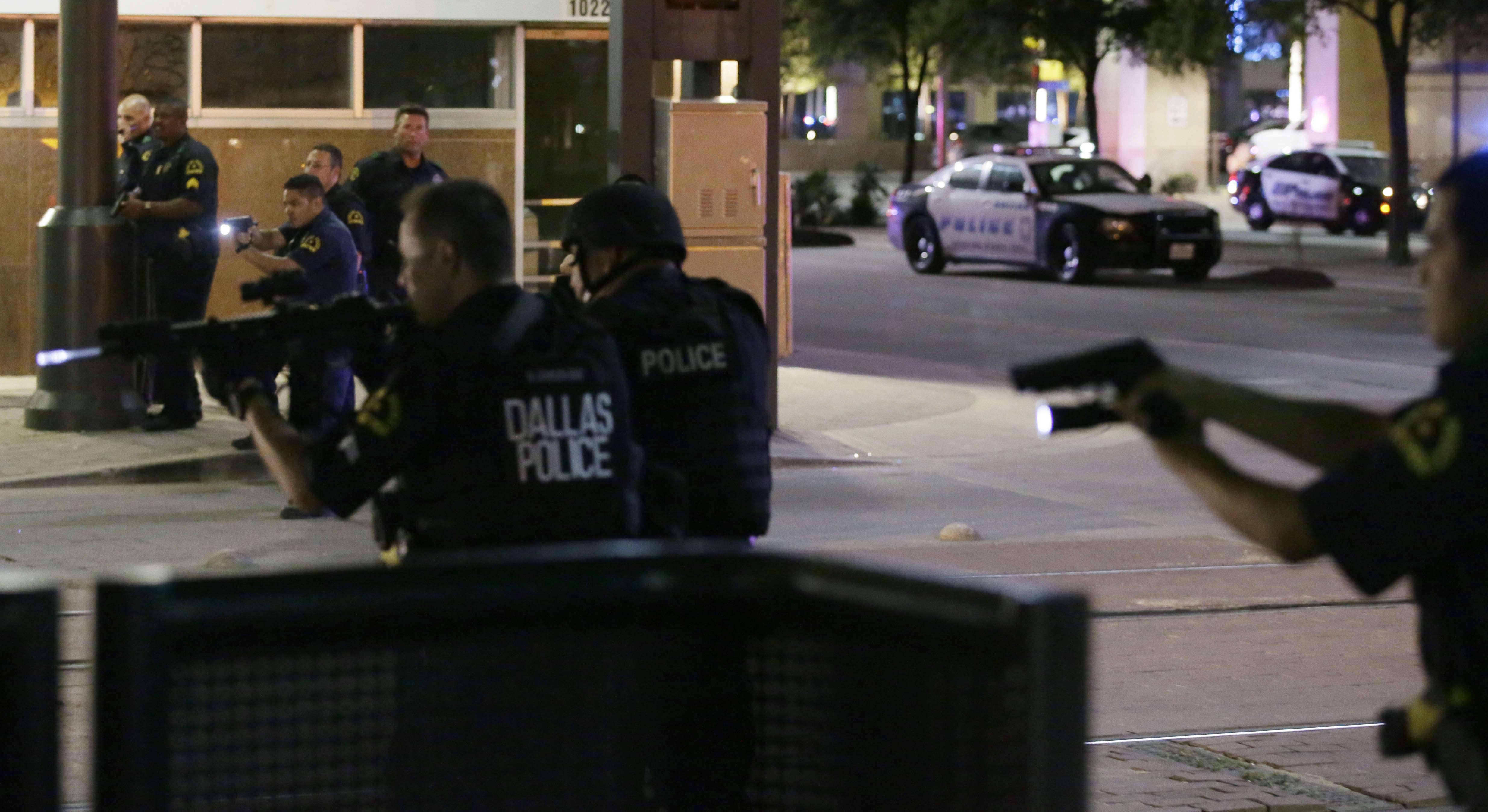 PA 28029195 BREAKING: Group Claims Responsibility For Dallas Shootings, Threatens More