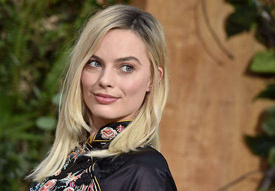 margot 1 Cara Delevingne And Margot Robbie Open Up About Their Sex Lives
