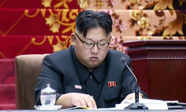 un Insomniac Kim Jong Un Sleeps In Parliament As Hes Granted More Power