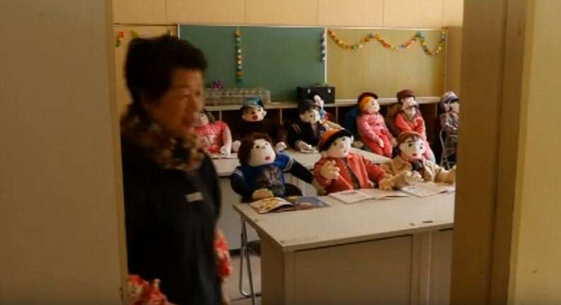 vil 7 This Japanese Woman Is Replacing Dead Villagers With Creepy Dolls