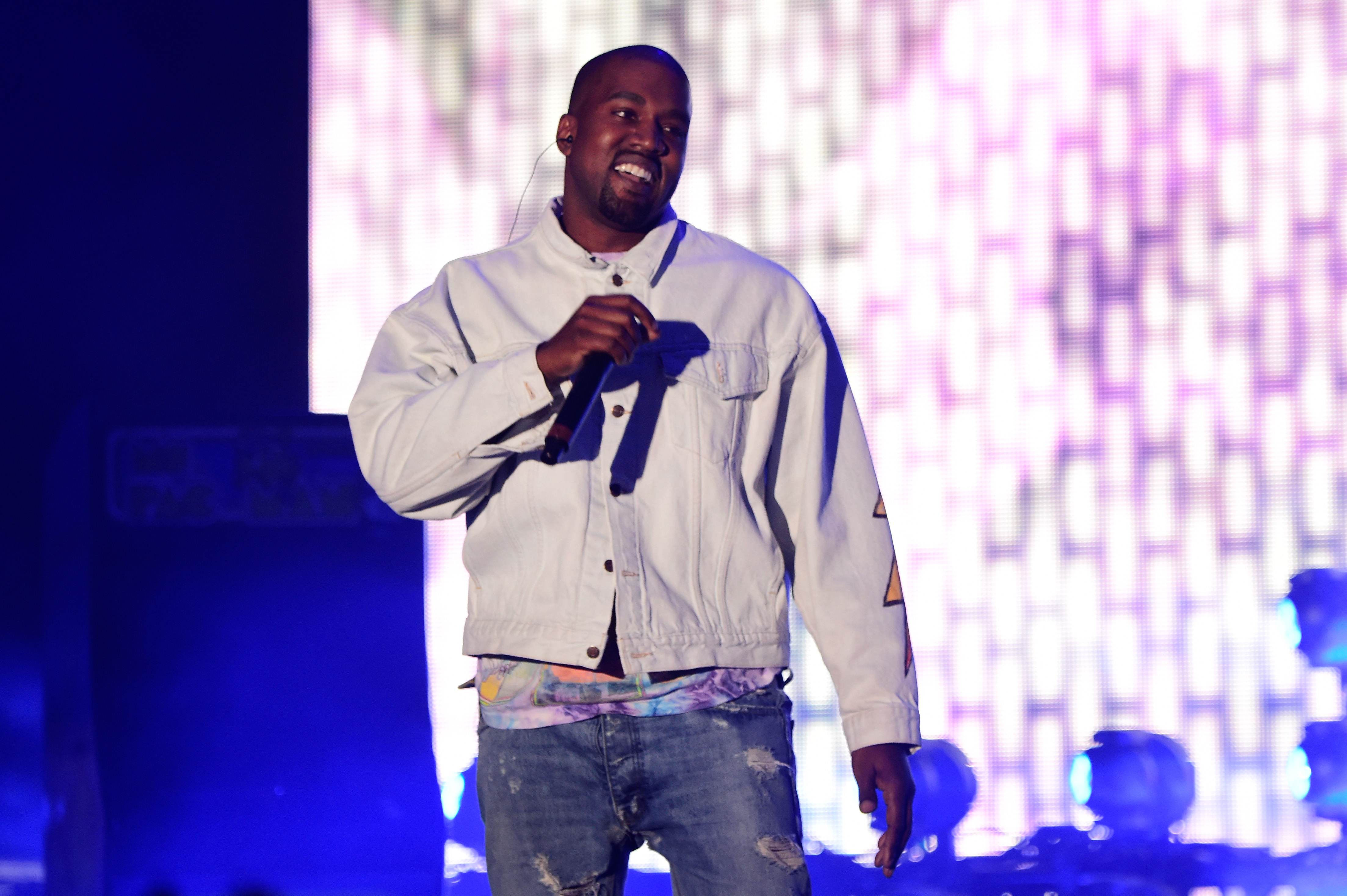 Kanye West Pens Bizarre Poem About McDonald's And The Internet Is Lovin' It GettyImages 521487658