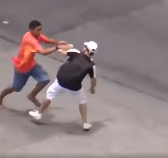Shocking Footage Shows Thieves In Rio During Olympics pic 2