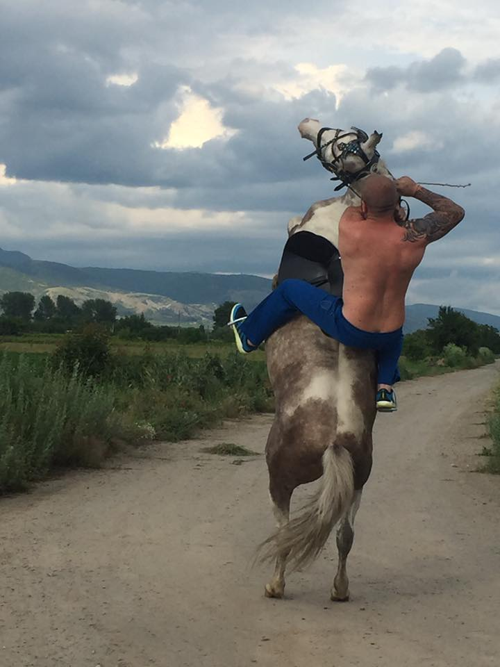 ISIS Place £38k Bounty On Bulgarian Wrestler Who Patrols Border On Horseback 13344680 827856034014621 4896500418908846548 n