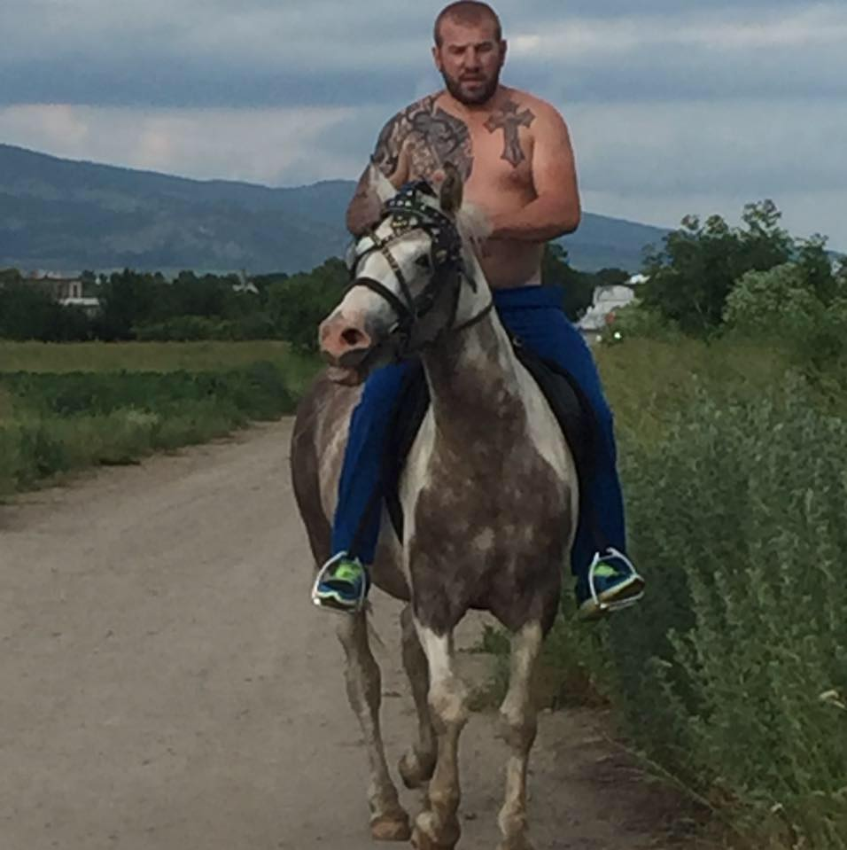 ISIS Place £38k Bounty On Bulgarian Wrestler Who Patrols Border On Horseback 13876453 854601844673373 7205719463511899499 n