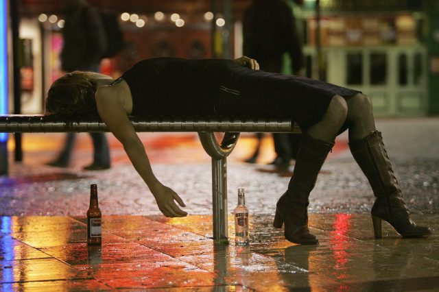 GettyImages 55937249 640x426 Drinkaware Teams Up With UNILAD For Freshers Week Safety Tips