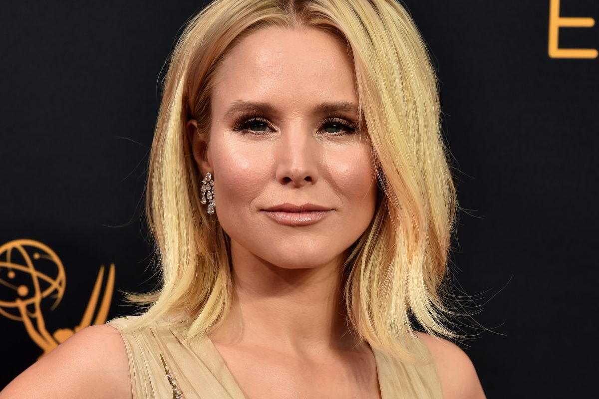KristenBell GettyImages 607578278 1200x800 Celebrities Reveal The Secret To Perfect Red Carpet Cleavage