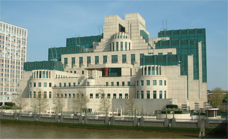MI5 MI5 And MI6 Are Hiring, Heres How You Could Be Next James Bond
