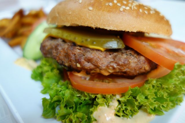burger 760873 960 720 640x426 Burgers May Actually Be Good For Your Health, Claims Beef Researcher