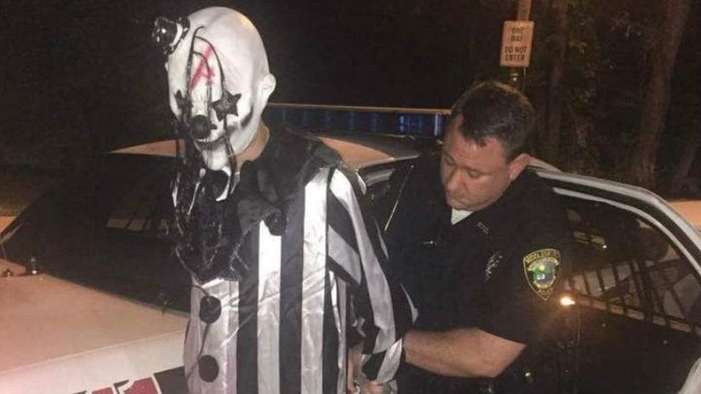 creepy clown arrest MIDDLESBORO POLICE 4DEPARTMENT Police Finally Unmask A Creepy Clown Hiding In Woods