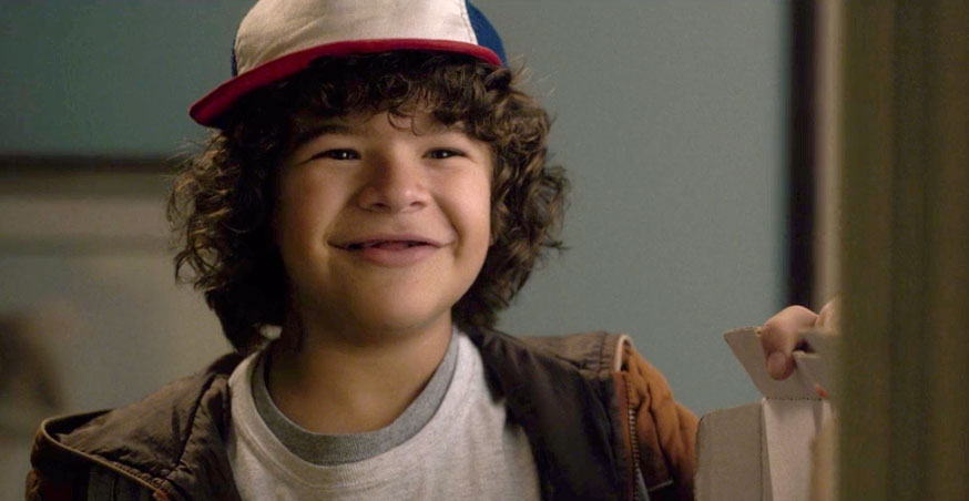 Dustin From Stranger Things Explains Why His Character Doesnt Have Teeth dustin