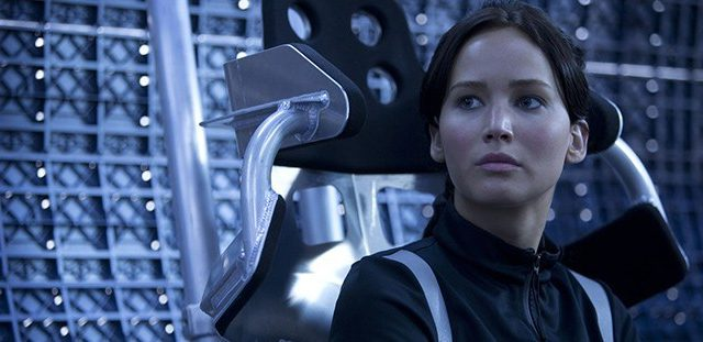 jennifer lawrence sci fi 700 700x311 1 640x311 Jennifer Lawrence And Chris Pratt Impress In First Passengers Trailer