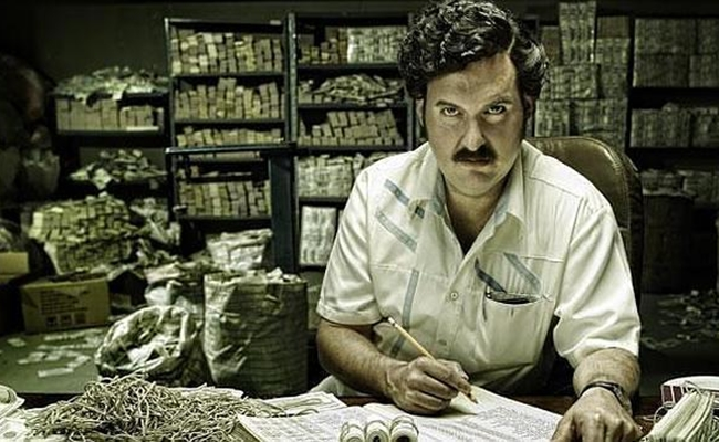narcosecobar Heres How Much Pablo Escobar Spent On Elastic Bands For His Cash
