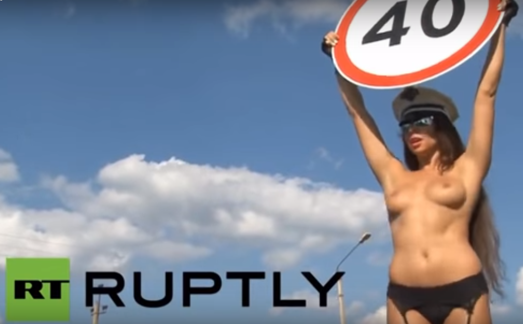 tolee Russia Uses Topless Women To Stop Speeding Drivers