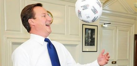 2912UNILAD imageoptim cameron david football 440x211 Football Manager Has A Better Thought Out Brexit Plan Than The UK