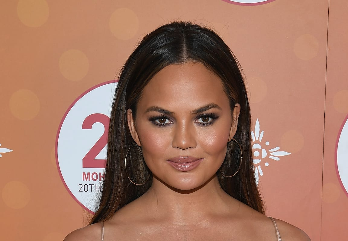 31964UNILAD imageoptim ChrissyTeigenWEB Chrissy Teigen Posts X Rated Naked Birthday Photo With John Legend