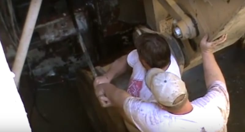 These Guys Open Abandoned Nuclear Missile Silo With Explosive Results 51746UNILAD imageoptim Titan ii nuclear missile1