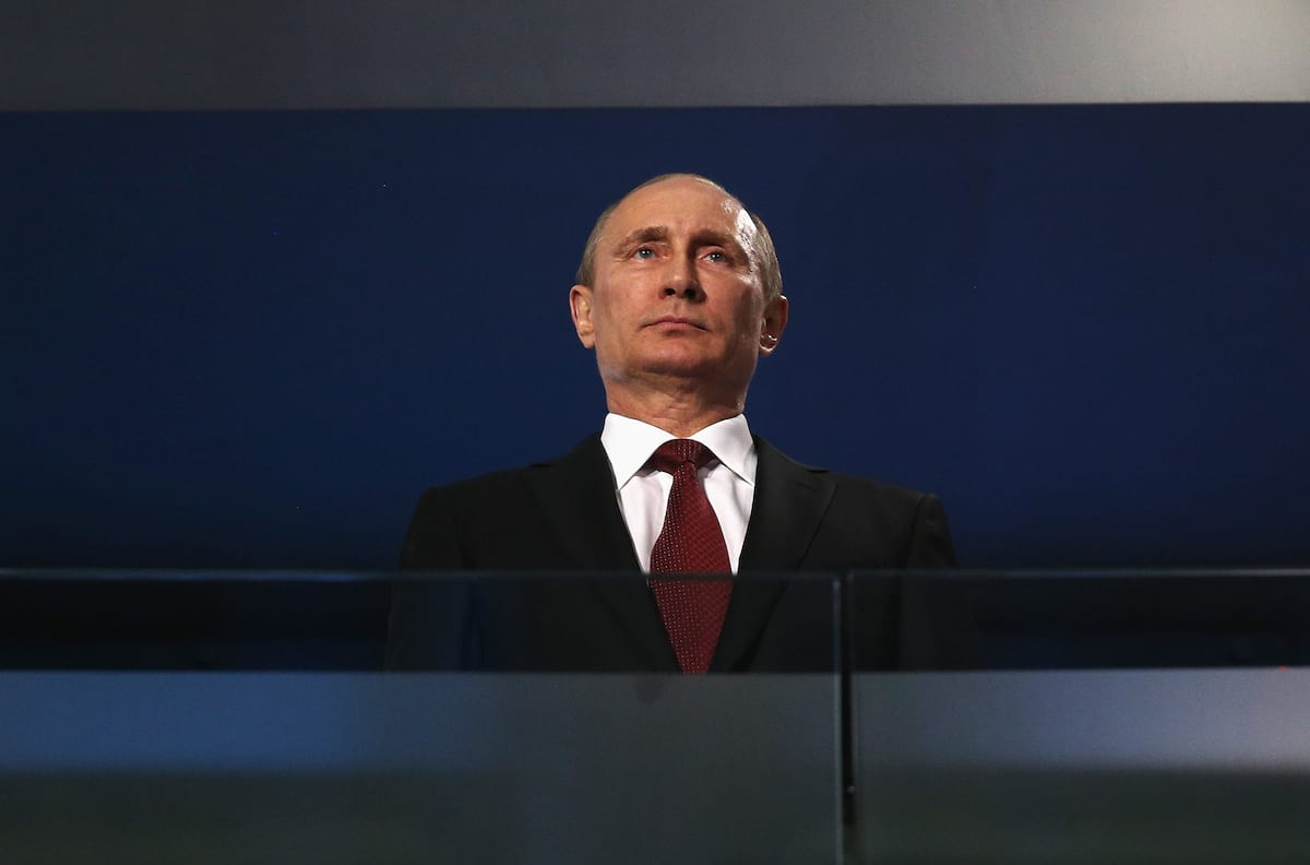 55152UNILAD imageoptim GettyImages 479102243 WW3 Fears Grow As Putin Orders All Officials To Fly Families Home