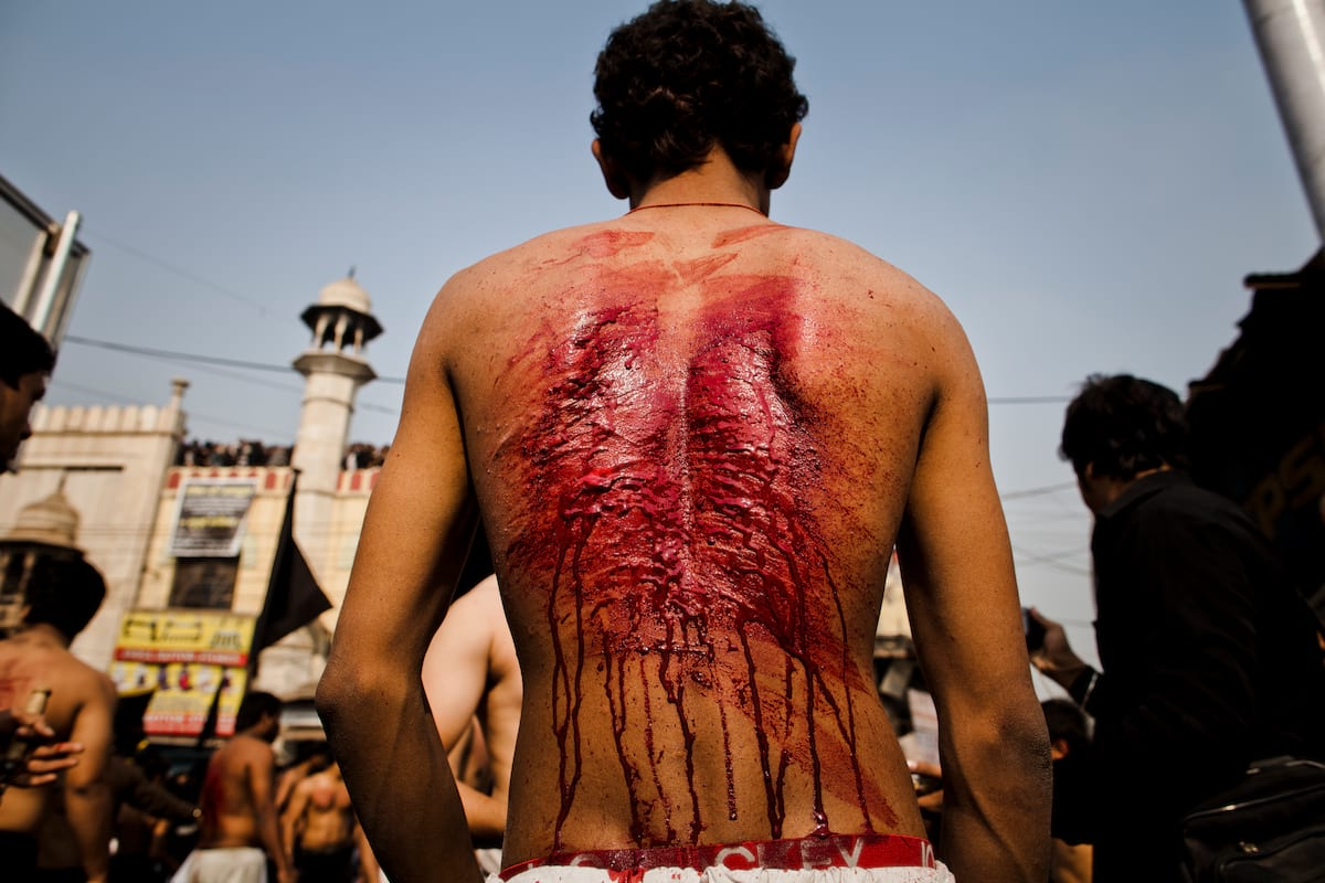 Ashura Festival Of Flagellation Shows The Extremes Of Religious Devotion 55804UNILAD imageoptim GettyImages 135057937