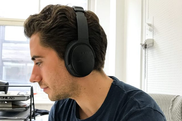 Bose QuietComfort 35 (QC35) Review – Lose Yourself In The Music