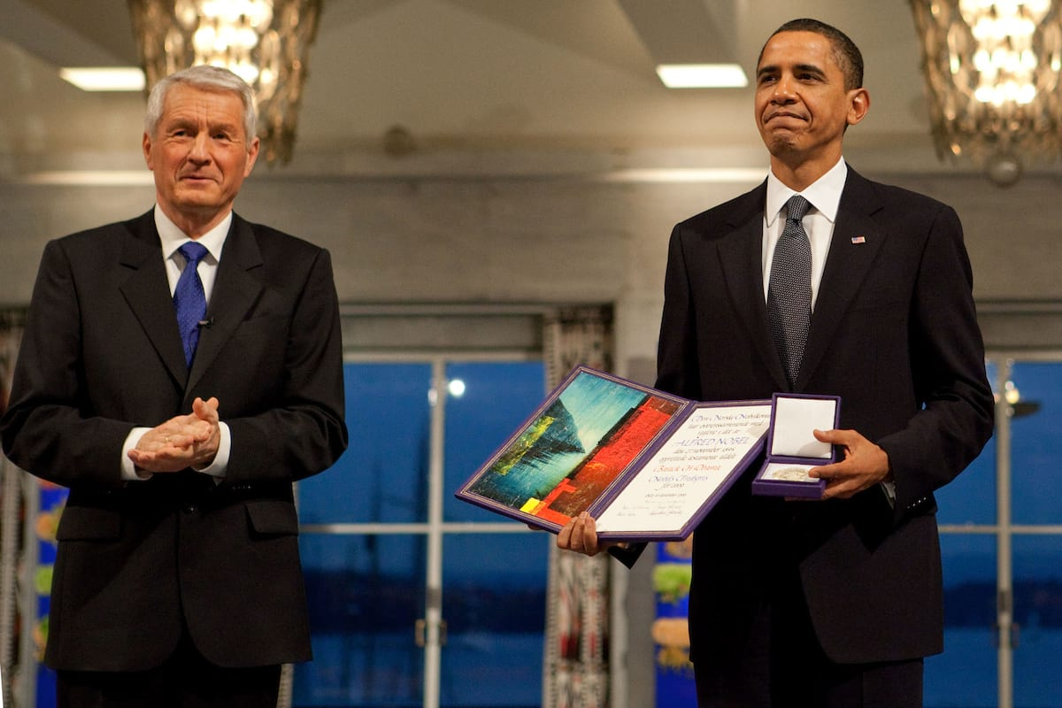 Experts Reveal If World War Three Has Already Begun 782UNILAD imageoptim Jagland and Obama Official White House Photo by Samantha Appleton