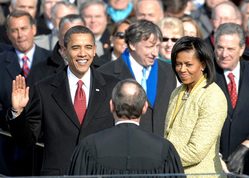 15748UNILAD imageoptim 800px US President Barack Obama taking his Oath of Office   2009Jan20 Wikimedia U.S. Air Force Was Barack Obama Actually A Successful President?