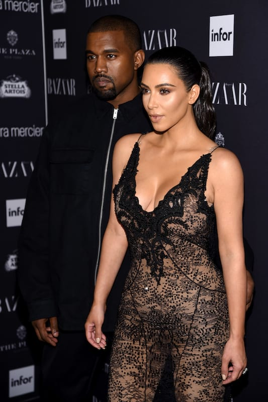 18422UNILAD imageoptim GettyImages 601351652 Kanye Wests Condition Much Worse Than First Feared
