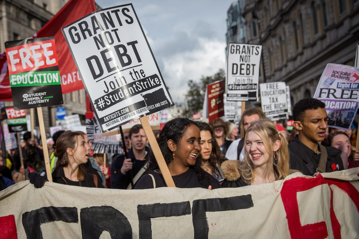 UK Student Loans Are Illegal And Unenforceable 27817UNILAD imageoptim GettyImages 495633340