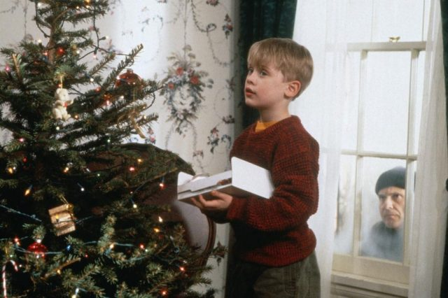 4937UNILAD imageoptim 1024.HomeAlone.mh .120412 640x426 This Is Why Boxing Day Is Called Boxing Day