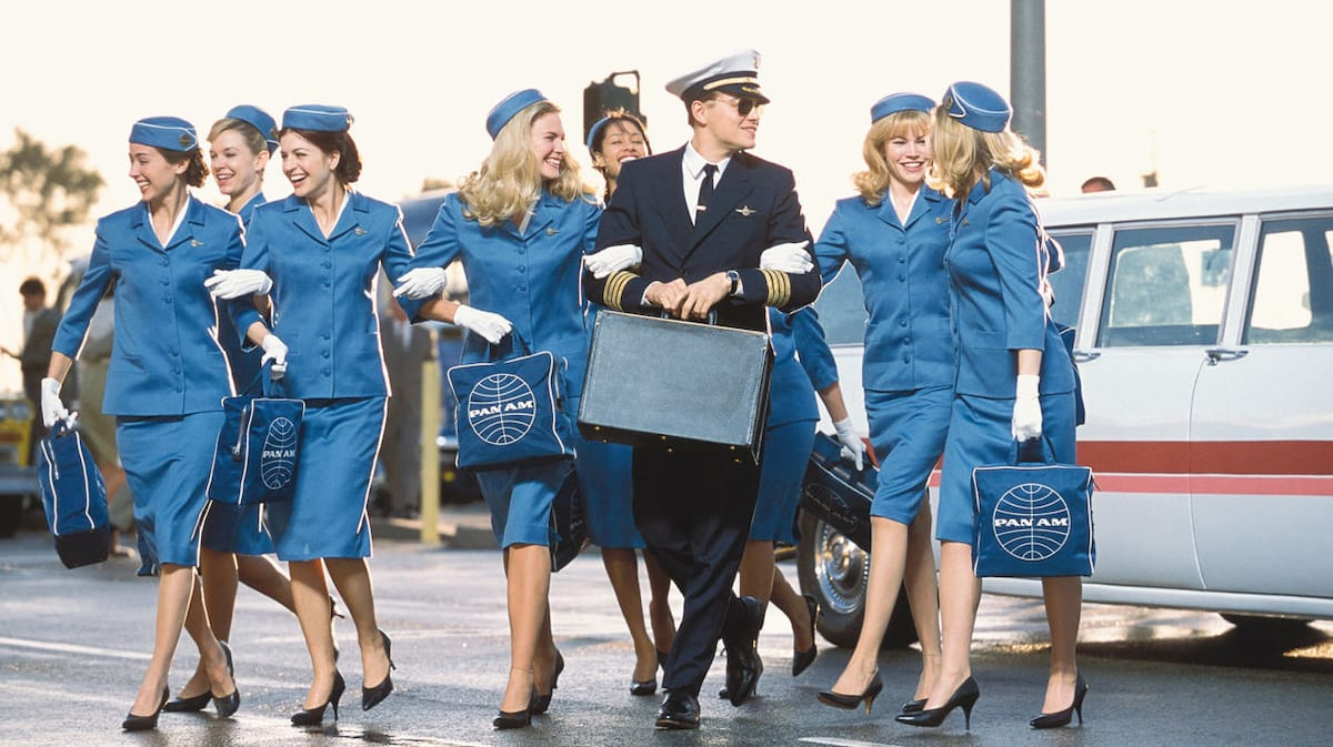 Real Life Catch Me If You Can Conman Posed As Pilot To Bed Air Hostesses %name