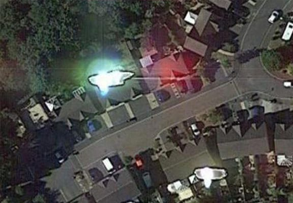 Guy Claims Google Earth Images Prove He Was Abducted By Aliens