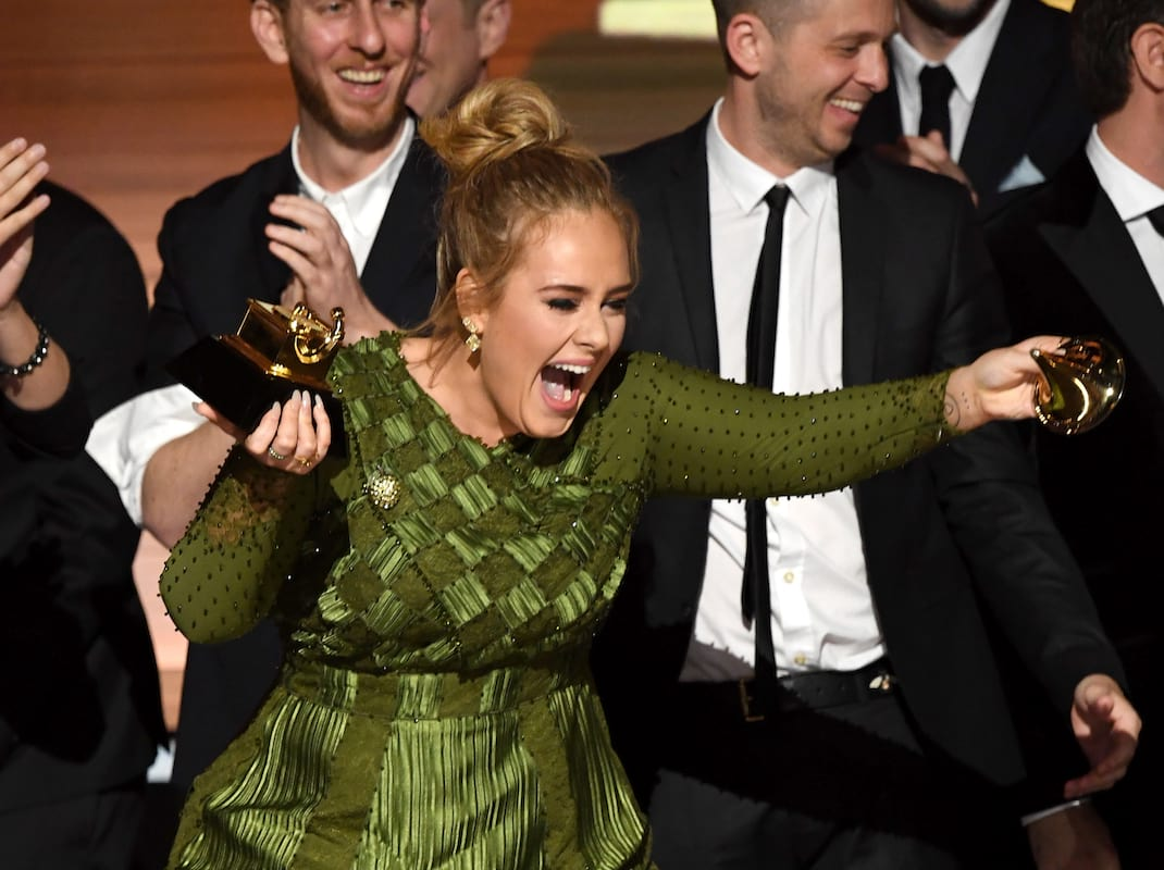 1225 adele3 Adele Broke Her Grammy In Half To Share It With Beyoncé