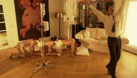 This Is What Would Happen To A Real-Life Human Centipede